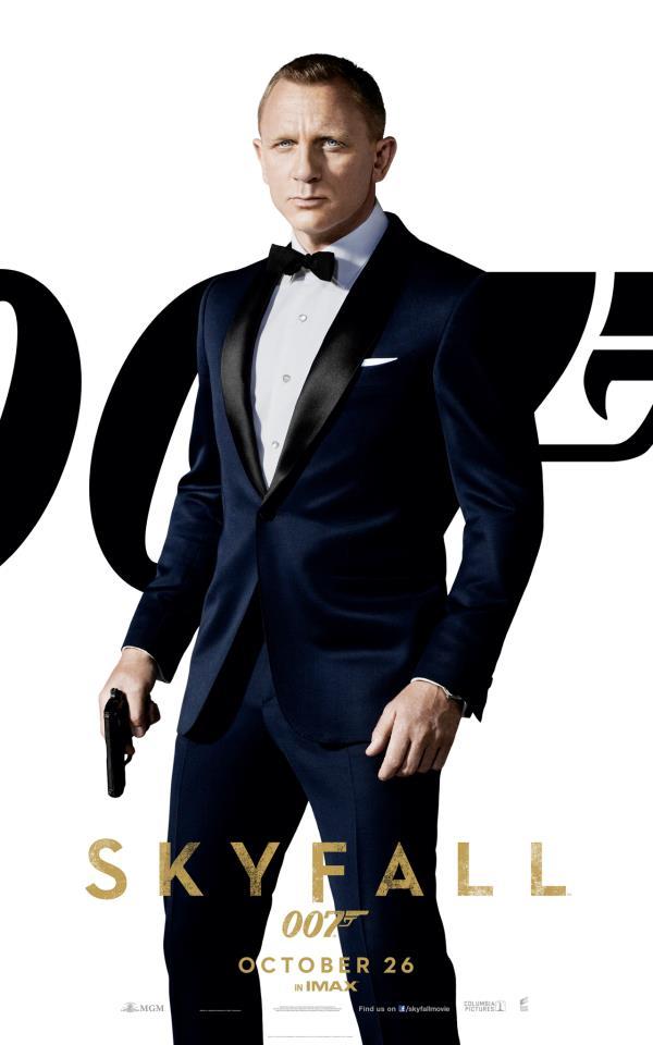 UK movie poster Skyfall Daniel Crag as James Bond 007